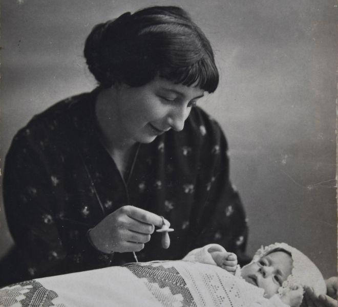Valeria dr. Pintea cu fiica Valentina, 1914, fotografie
